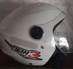 Vende-se capacete Taurus e Liberty