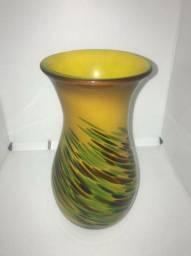 Vaso em Carnival Glass