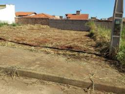 Vende-se Terreno: Residencial Drummond (Ituiutaba)