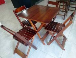 Conjunto mesa e 4 cadeiras em madeira - Maplan