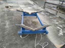 Careta de 4 rodas de encalhe pra barco de até 6 metros