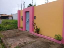 Aluga-se ótima Casa no bairro Novo Estrela em Castanhal-Pá.