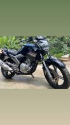 Yamaha Fazer 250cc BLUEFLEX 2015 NOVA DEMAIS?