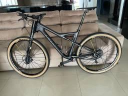 Bicicleta,Canodelle carbono si carbono 3 ,2018