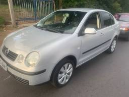 Polo 1.6 sedan completo (favor ligar ou whats)