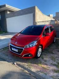 Peugeot 208 - baixa quilometragem