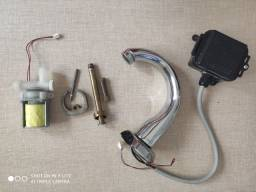 Torneira de lavatório Deca com sensor de desliga. Usada funcionando
