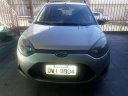 Vendo urgente 2014 basico troco p/ sedan ler tudo 1 dono
