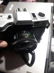 Máquina fotográfica yashica com zoom