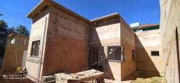 Casa à Venda Prox. Av. Tamandaré