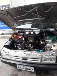 Um carro Fiat uno