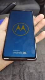 Motorola one hyper semi novo