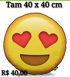 Almofada Emoji Amor