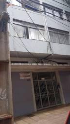 Apartamento com 3 dormitórios para alugar, 80 m² por R$ 700,00/mês - Zona 01 - Maringá/PR