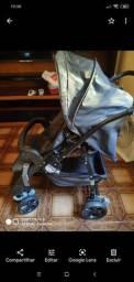 Carrinho burigotto bem conservado com bebê conforto