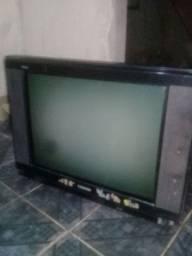 Vendo tv em bom estado