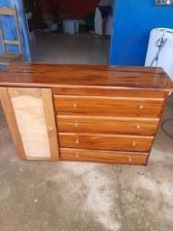 Vendo comoda de madeira