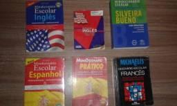 Dicionários de português, inglês, espanhol e francês conservados