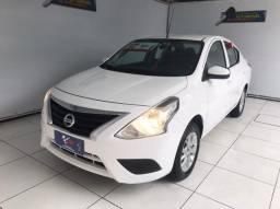 Nissan Versa 1.0 S 2017 completo (unico dono)
