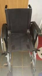 Cadeira + Aspirador semi novos