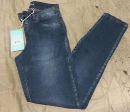 Bazar - Calça Jeans ainda com etiqueta Bwana 38