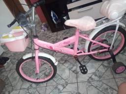 Vendo bicicleta infantil da barbie ou troco por celular