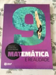 Livro escolar de matemática