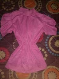 Blusa Rosa manga bufante.