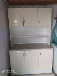 Armário branco para cozinha