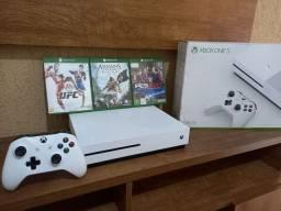 Xbox One S 1TB Seminovo