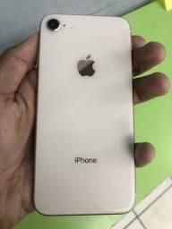 IPhone 8 64gb Gold - 64gb - com garantia - pequeno trinco