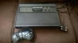 Atari 2600 com 7 cartuchos