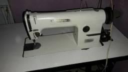 Máquina de Costura Industrial Reta Yamata