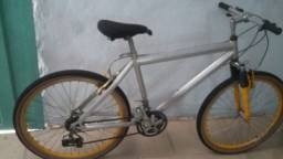 Bicicleta de alumínio .São Pedro Ibirité