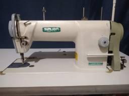 Máquina de costura industrial reta Siruba