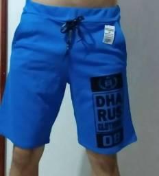 Bermuda e camisa masculina