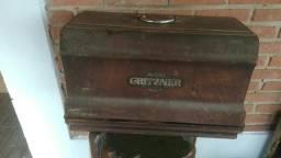 Máquina de costura antiga gritzner