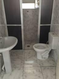 Alugo em Embu-Guaçu, casa toda murada independente, local excelente!