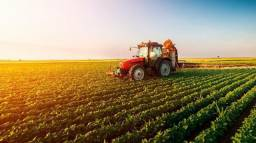 Crédito Rural,  compra de sítio,  chácara,  Gado, e Máquinas