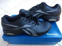Tênis Reebok Velox número 40 novo