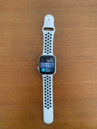 Apple Watch Nike Series 4 44mm