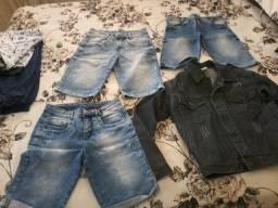 Vendo roupas usadas em ótimo estado de conservação. Veste meninos de 09 a 13 anos