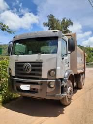 Caminhão Traçado Caçamba
