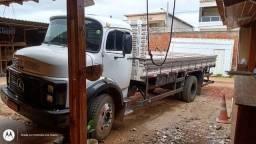 Caminhão MB 1113 ano 83