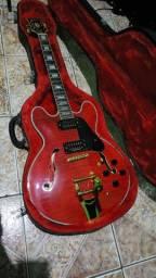 Guitarra gibson Es 335