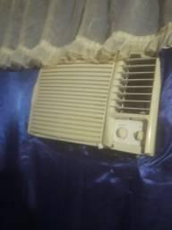 Ar-condicionado 750 BTUs
