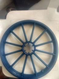 Vendo roda aro 16 traseiro