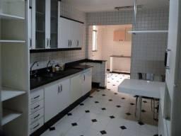 Apartamento com 3 quartos para alugar, 123 m² por R$ 1.800/mês - São Mateus - Juiz de Fora