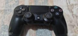 Controle PS4 Em excelente estado