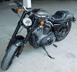 Harley-Davidson Roadster 1200